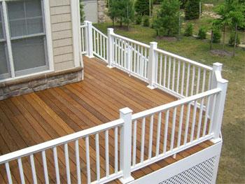 Deck Rails Plaza Amp Handrails Deck Railing Uses
